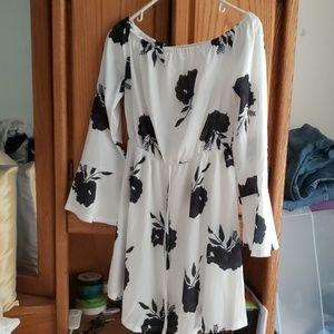Dresses & Skirts - White/black mini dress off the shoulder